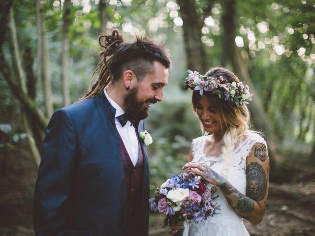 """Mi sposo perché non ho paura del """"per sempre"""": le nozze fuori dalle righe di Gaia e Michele"""