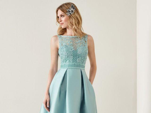 4dd797407cfb 50 look colorati per le invitate di nozze  ecco i migliori outfit!