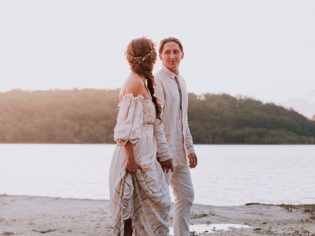 Il matrimonio di Chelsea e Tim nello scenario selvaggio della natura australiana