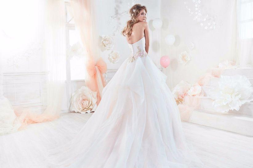 33371272f830 Come Cenerentola  50 abiti da sposa stile principessa