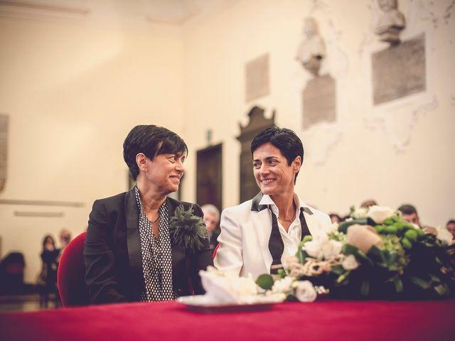 Laura e Fabiana: un matrimonio in stile shabby chic nel cuore della campagna