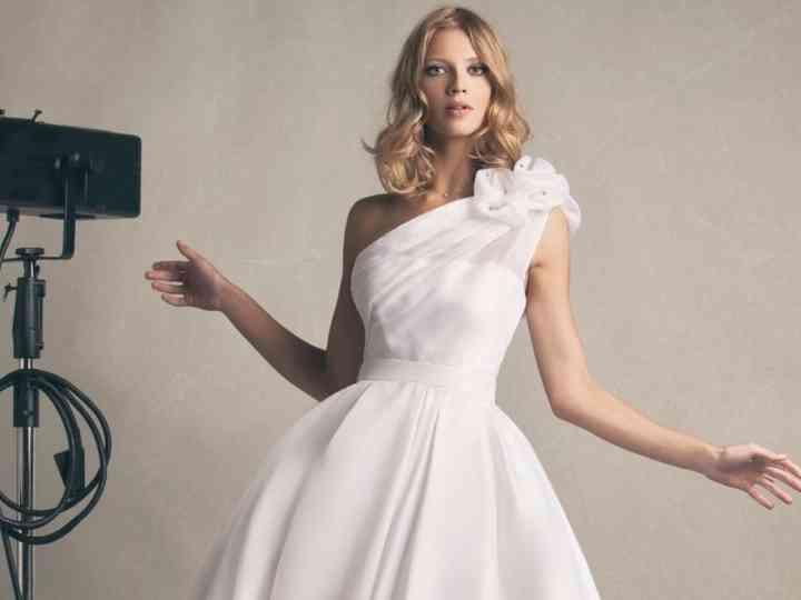 prezzo competitivo 15675 9b1d8 30 abiti da sposa monospalla: giochi di simmetrie che vi ...