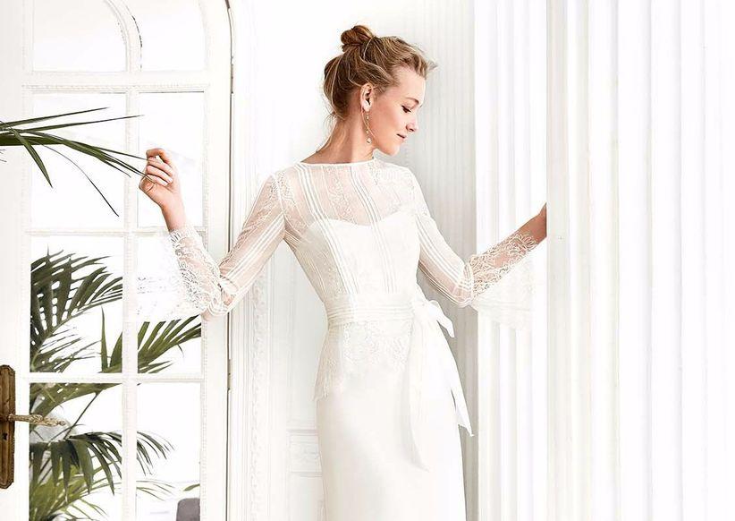 La semplicità delle forme  40 abiti con scollo a barchetta 60a986d8a12