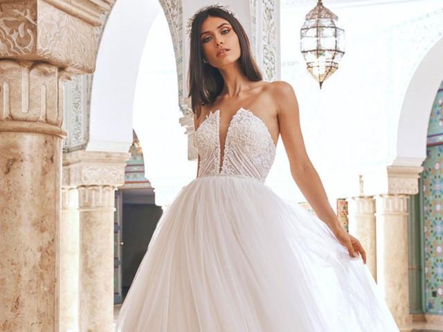 Abiti da sposa Pronovias 2022: un nuovo inno alla natura e alla bellezza mistica