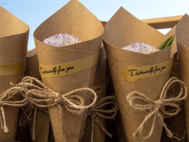 Coni per il lancio del riso fai da te: mettete alla prova la creatività!