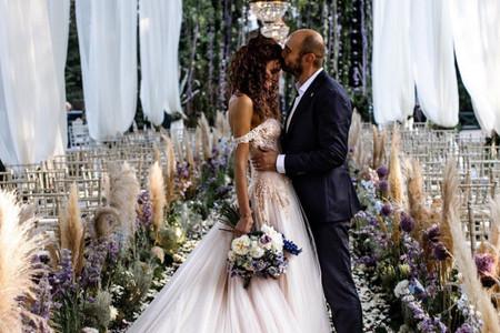 Le nozze di Paola Turani: l'attesissimo Sì dell'influencer dagli occhi blu