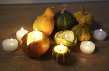 Come creare dei portacandele decorativi a tema Halloween