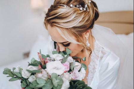 Ciglia finte per la sposa: la soluzione perfetta per uno sguardo intenso