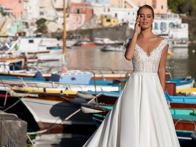 Abiti da sposa Monica Loretti 2021: haute couture tutta italiana