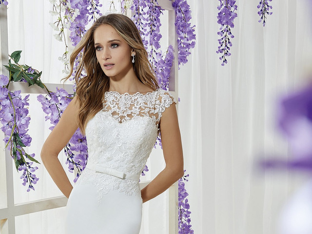 40 abiti da sposa che ti faranno sembrare più alta