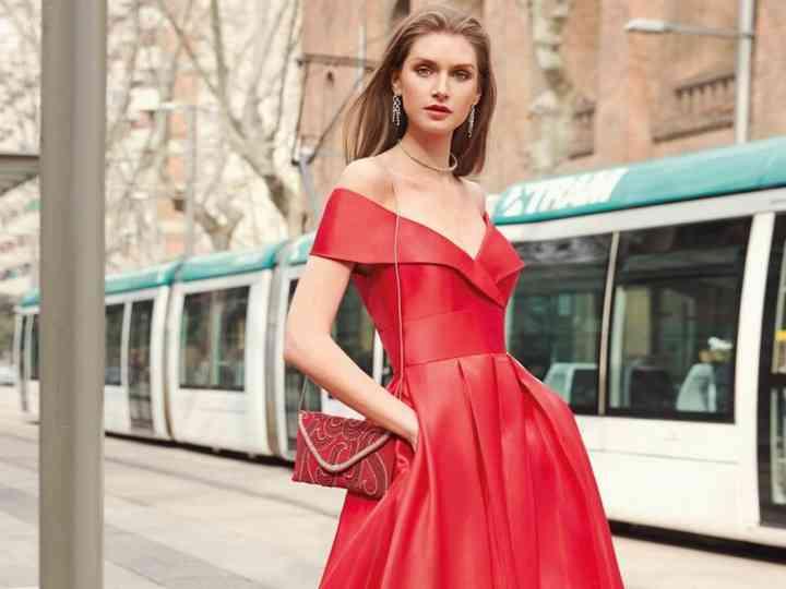 Abiti Eleganti Donna Economici.Abiti Da Cerimonia Eleganti 100 Modelli Per Un Look Da Star