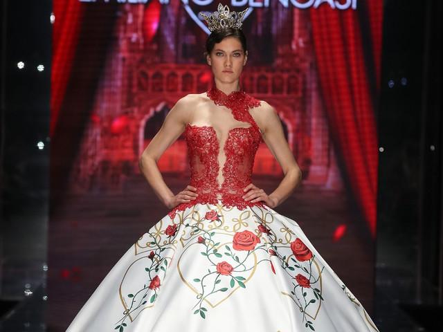 Popolare Abito da sposa in rosso: il colore della passione fa tendenza! IQ78
