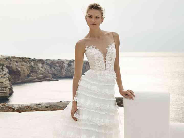 Abiti Da Sposa X Comune.Matrimonio In Spiaggia 40 Abiti Da Sposa Per Un Look Marino Da Sogno