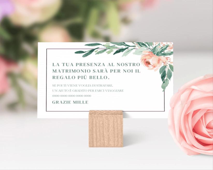 biglietto all'interno di partecipazioni nozze