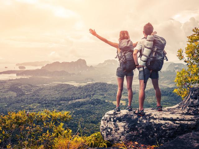 Cosa portare in valigia per una luna di miele all'insegna dell'avventura