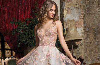Abiti da sposa colorati: 30 modelli per le personalità più audaci