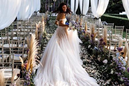 I 5 abiti di Atelier Emé provati da Paola Turani per il suo matrimonio