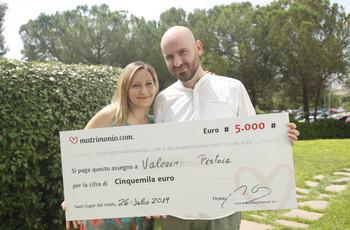Matrimonio.com regala 5000 euro ai neo sposi Rosalba e Valeriano