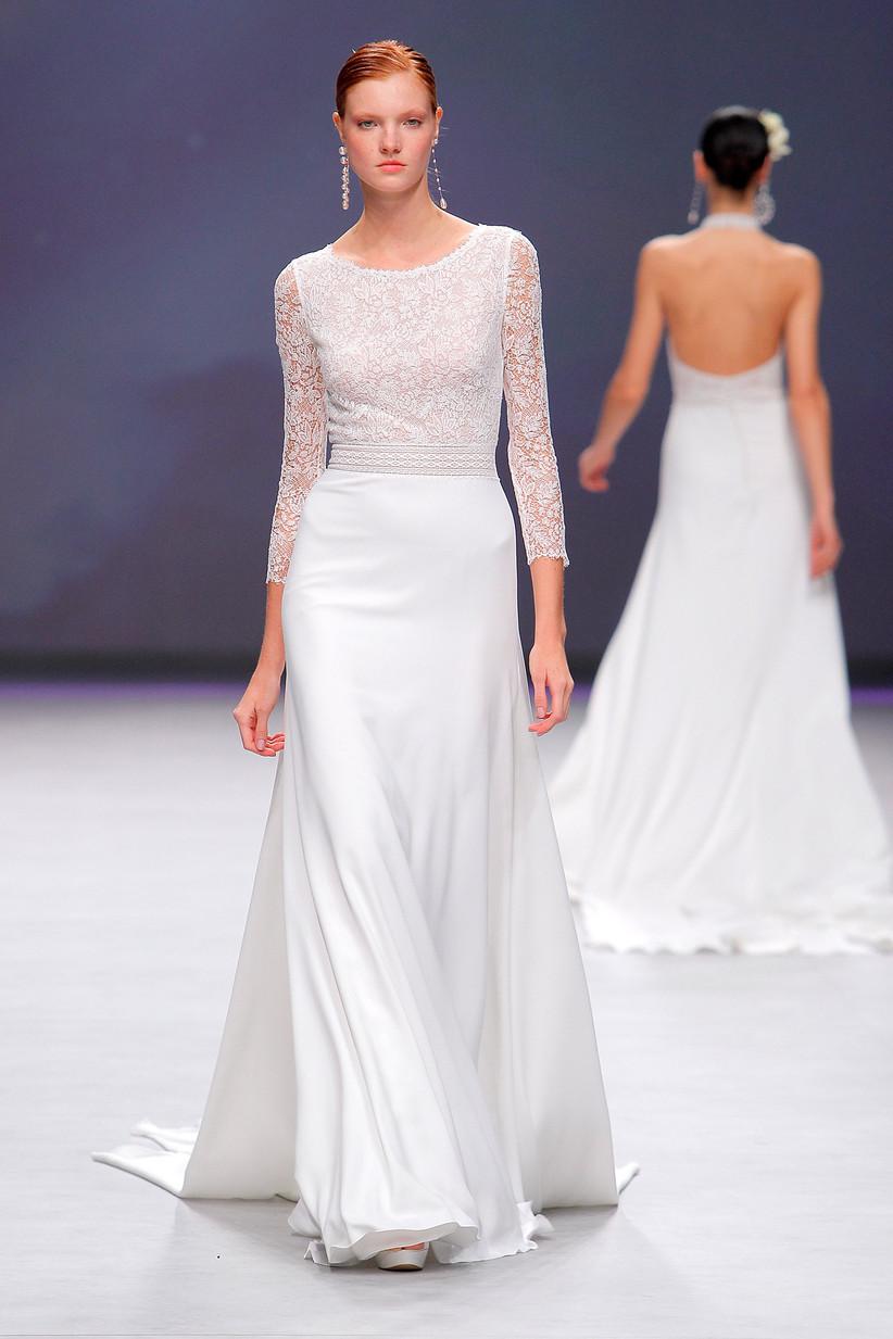194f9eb8e954 Abiti da sposa Aire Barcelona 2020  una collezione semplicemente moderna