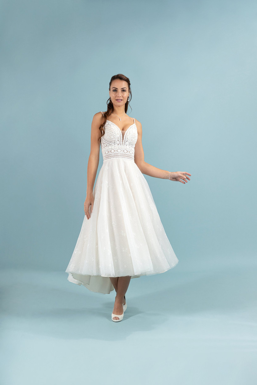 abito da sposa con corpetto ricamato