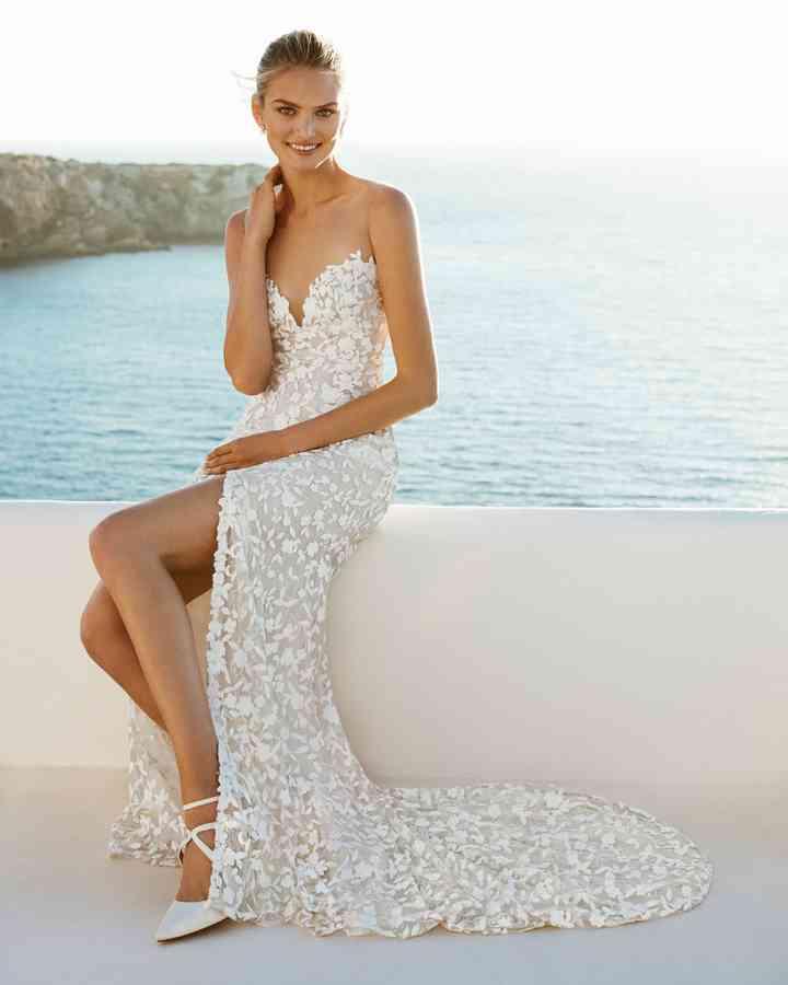 Abiti Da Sposa X Spiaggia.Matrimonio In Spiaggia 40 Abiti Da Sposa Per Un Look Marino Da Sogno