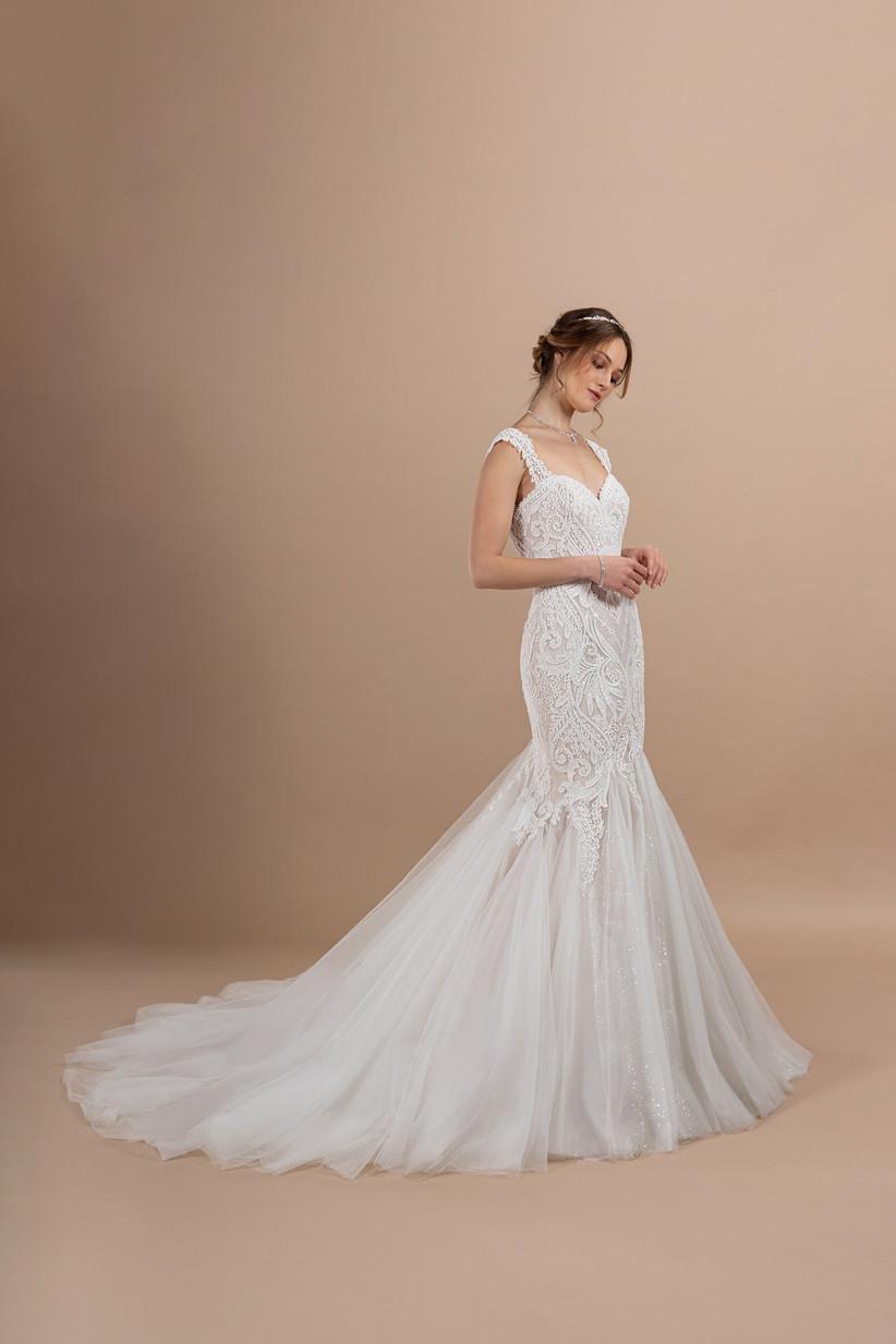 abito da sposa a sirena ricamato