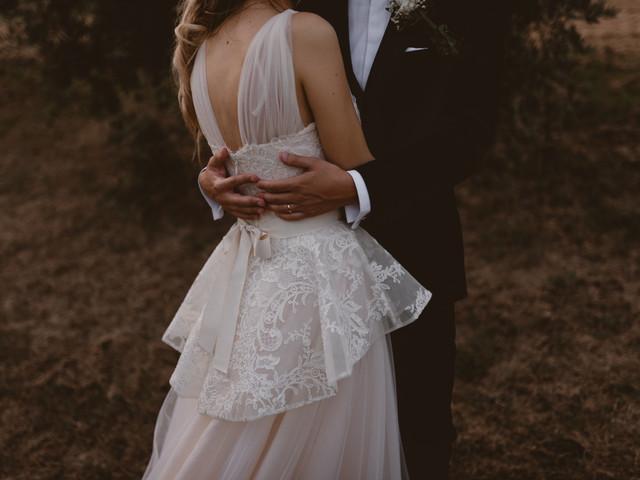 """Tingere l'abito da sposa dopo il matrimonio: la favola continua anche dopo il """"Sì""""!"""