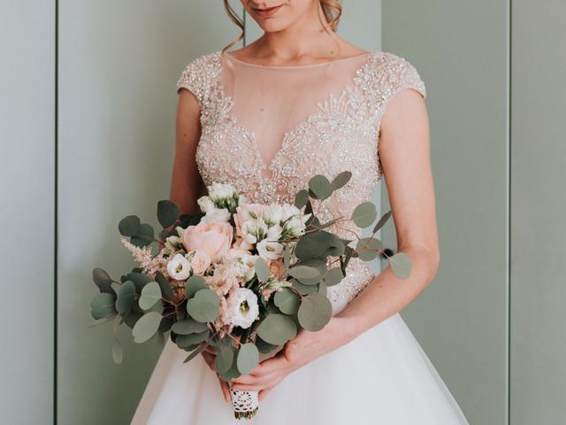 Bouquet sposa con eucalipto: 50 ispirazioni per il tuo grande giorno
