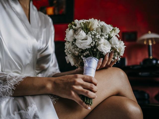 Lancio del bouquet da sposa: tradizioni e falsi miti