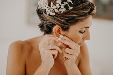 I gioielli ideali per la sposa da indossare dopo il tramonto