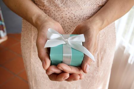 Bomboniere di nozze per gli invitati non hanno potuto partecipare al matrimonio