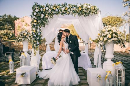 Decorazioni con tulle per matrimonio: come allestire un evento da sogno