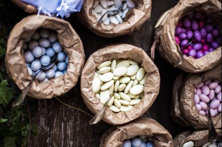 Buffet di dolci per il banchetto di nozze: 6 idee creative per lo sweet table