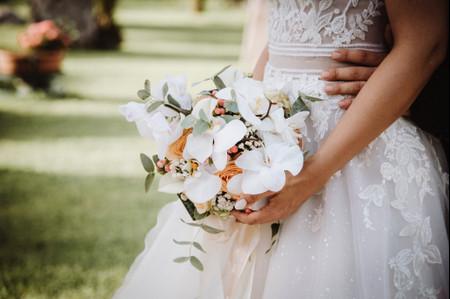 Bouquet da sposa orchidee: un simbolo di amore eterno