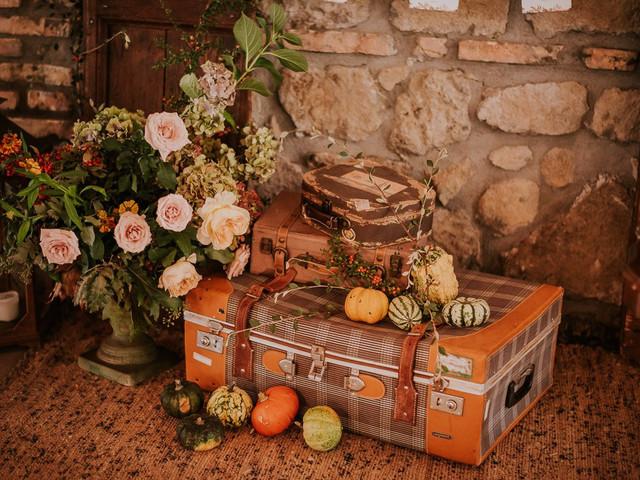 Matrimonio in marrone e arancione: la color palette perfetta per nozze autunnali