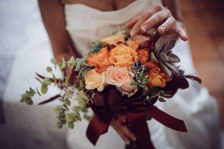 Simbologia fiori e colori del bouquet sposa: dal giorno del matrimonio alle nozze d'oro