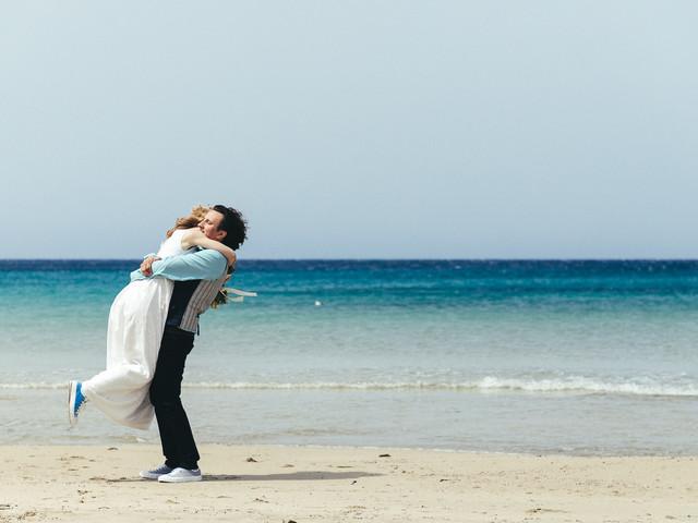 Come rendere speciale il video del vostro matrimonio sulla spiaggia