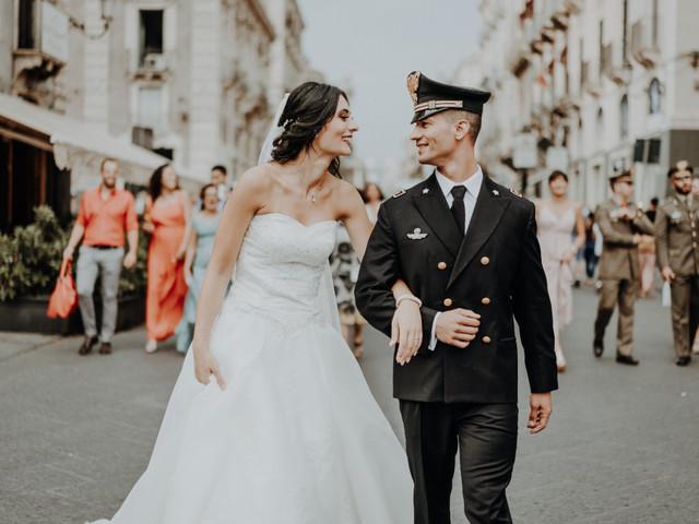 Nozze in divisa: tradizioni, rituali e tutta la regalità dei matrimoni militari