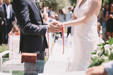 Come organizzare un matrimonio con rito simbolico?