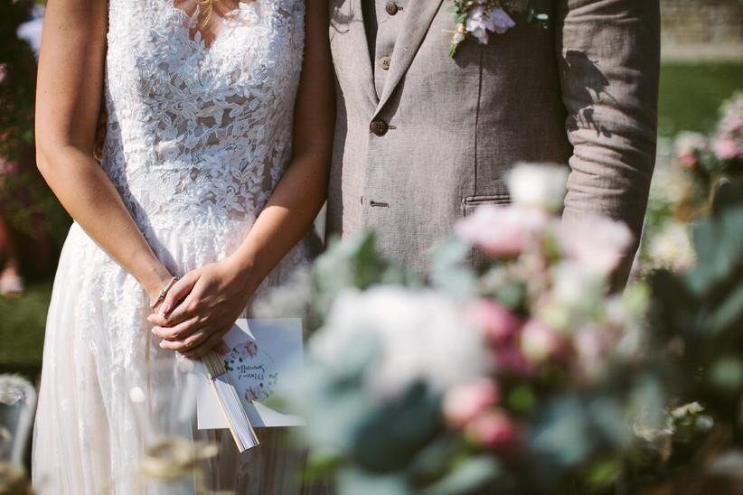 sposi con ventaglio