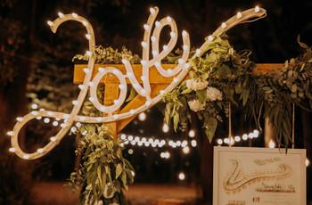 Scritte e insegne luminose: 10 modi diversi di usarle al vostro matrimonio