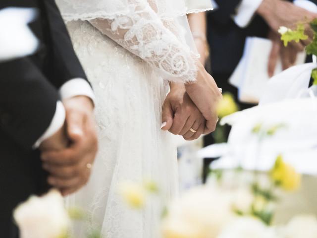 Matrimonio misto tra ateo e cristiano: come funziona?