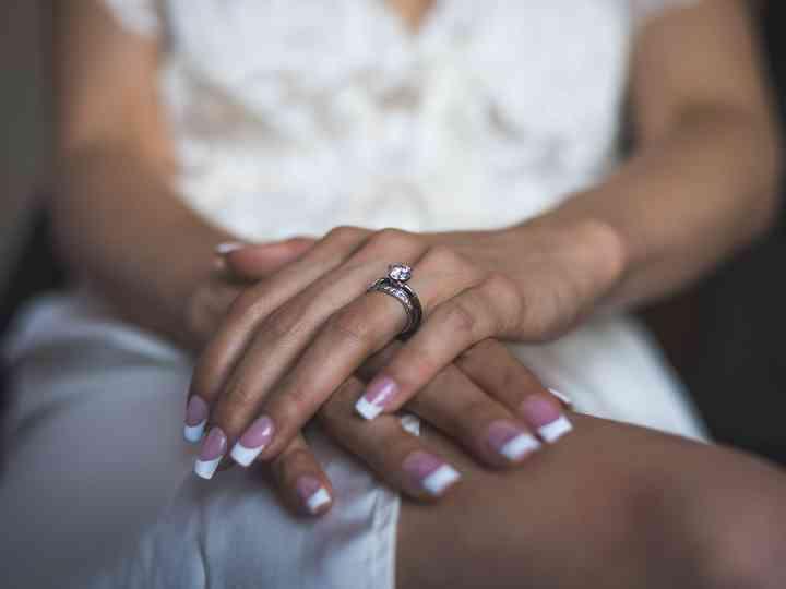 Manicure per il gran giorno: il gel per unghie è un valido alleato?