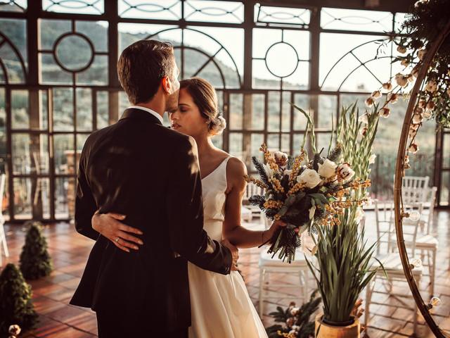 Come festeggiare la promessa di matrimonio: idee per un evento originale