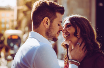 Regalo di fidanzamento: idee e suggerimenti per lui e per lei