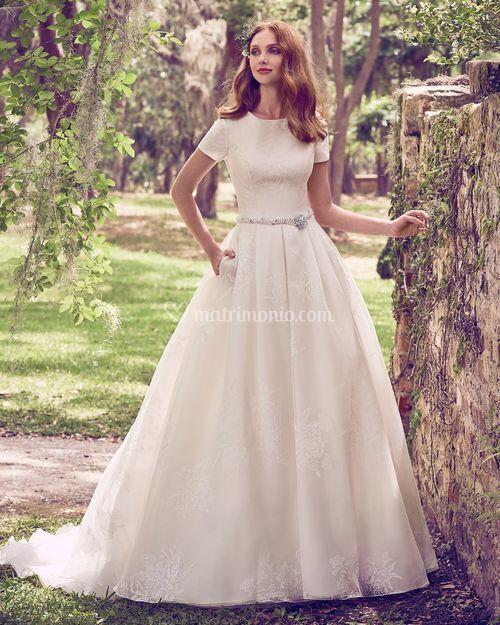 Dylan Marie, Maggie Sottero