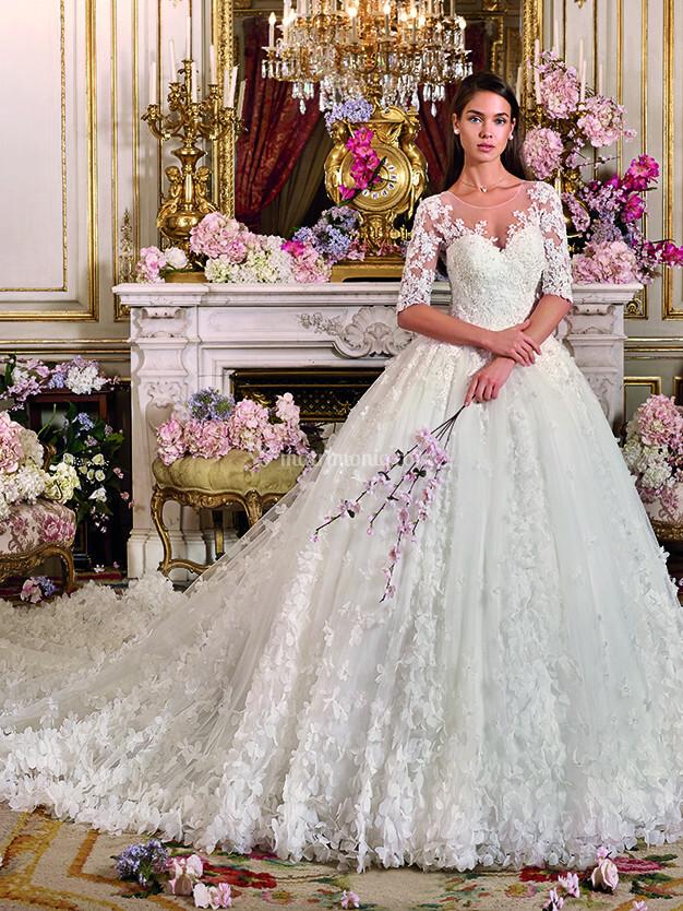 7821820ea2fe Abiti da Sposa di Demetrios - DP372 - Matrimonio.com