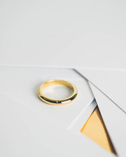 CHRISTINA, White and Gold