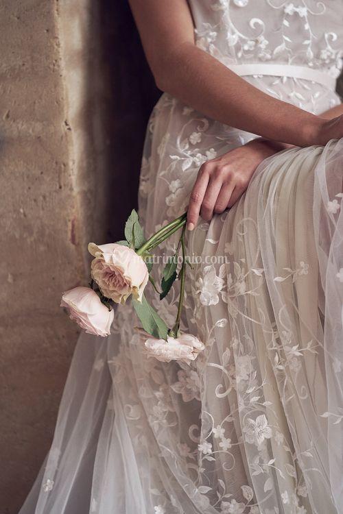 Amelie Sleeveless, Anna Campbell
