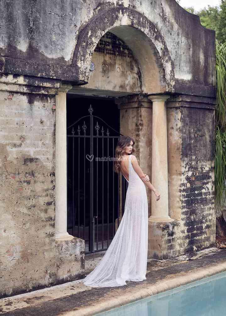 Wanda sleeveless, Anna Campbell